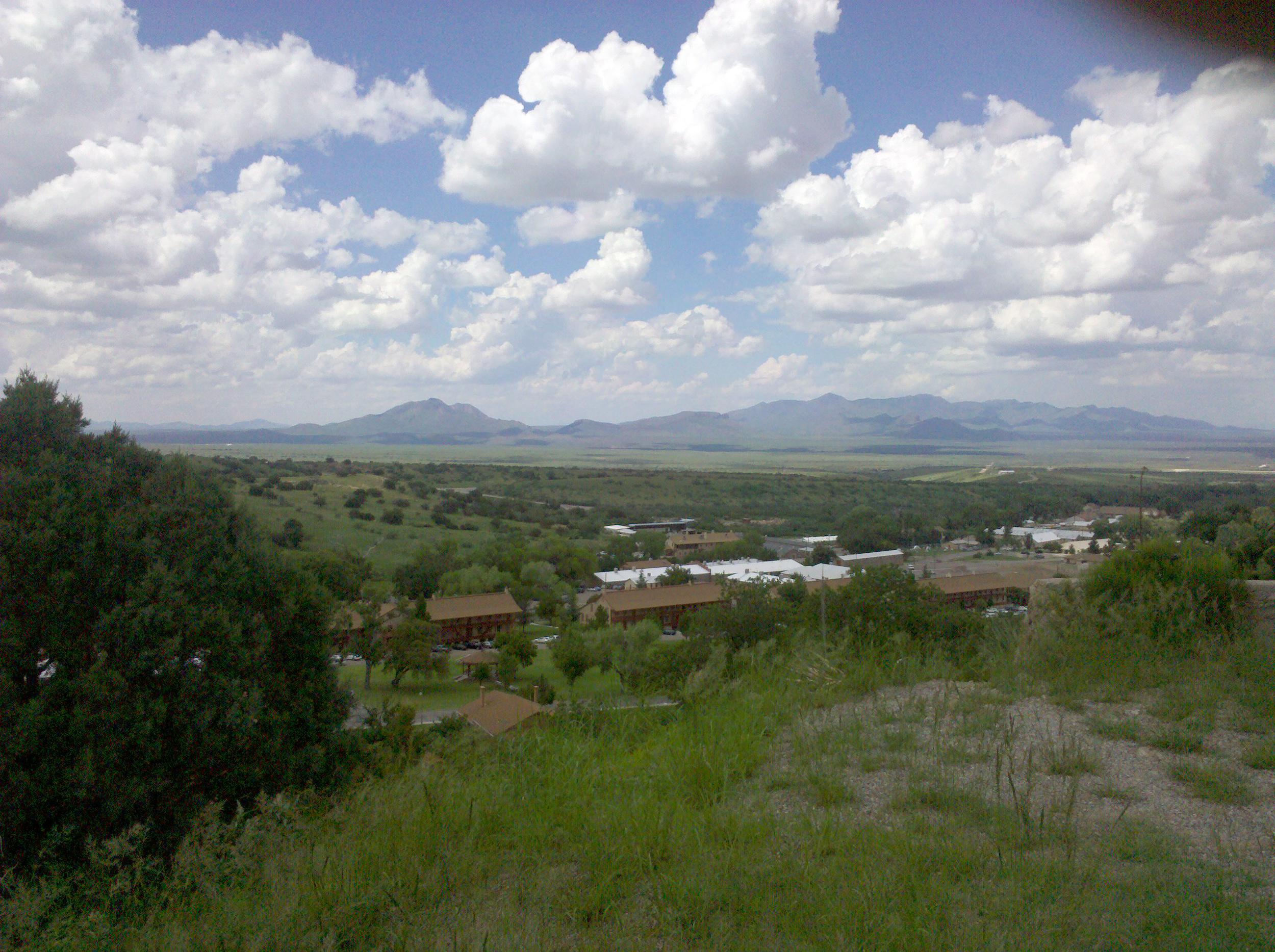 Overlooking_Fort_Huachuca_-Old_Post-.jpg