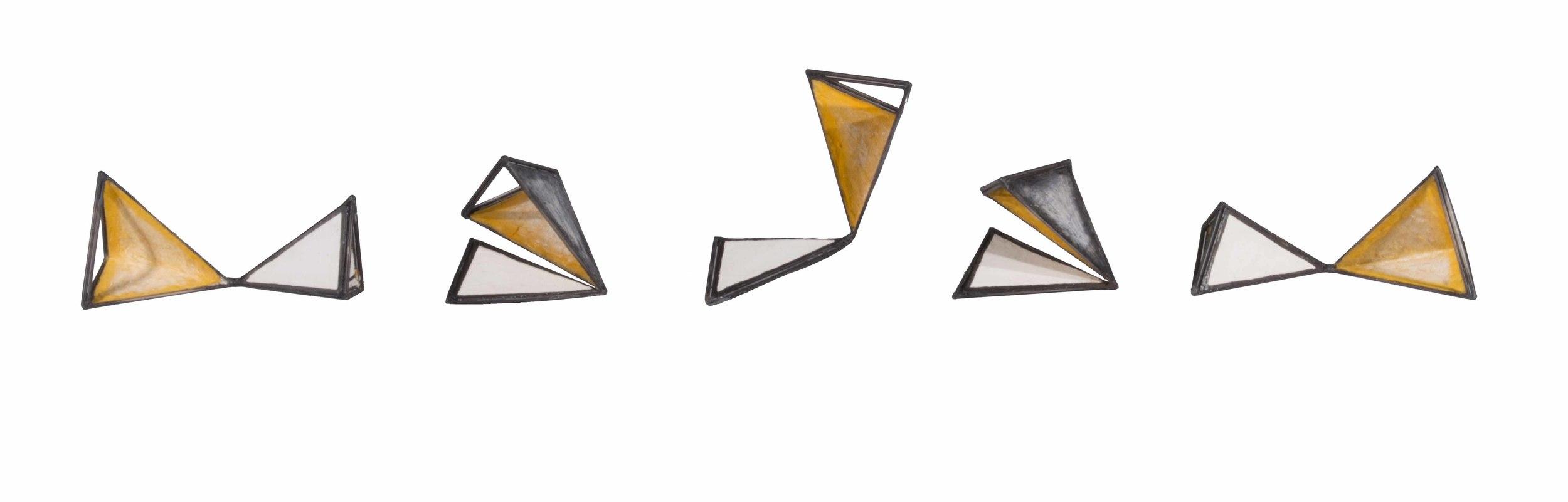 Triangular Foldings Large 1885