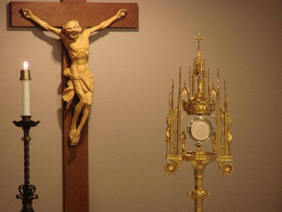 crucifix with eucharistic host.jpg