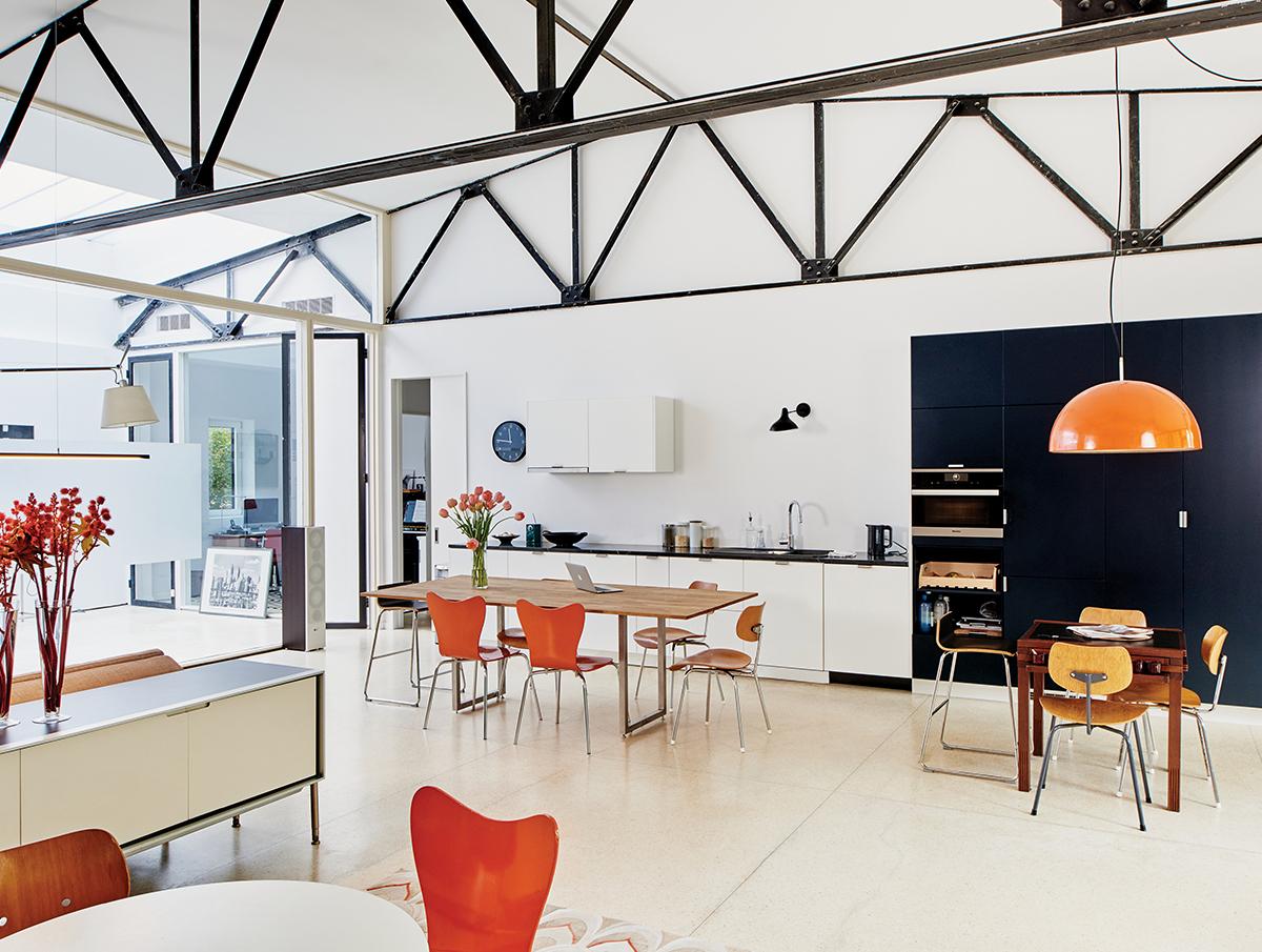 cambridge-midcentury-modern-home-renovation-2 2.jpg