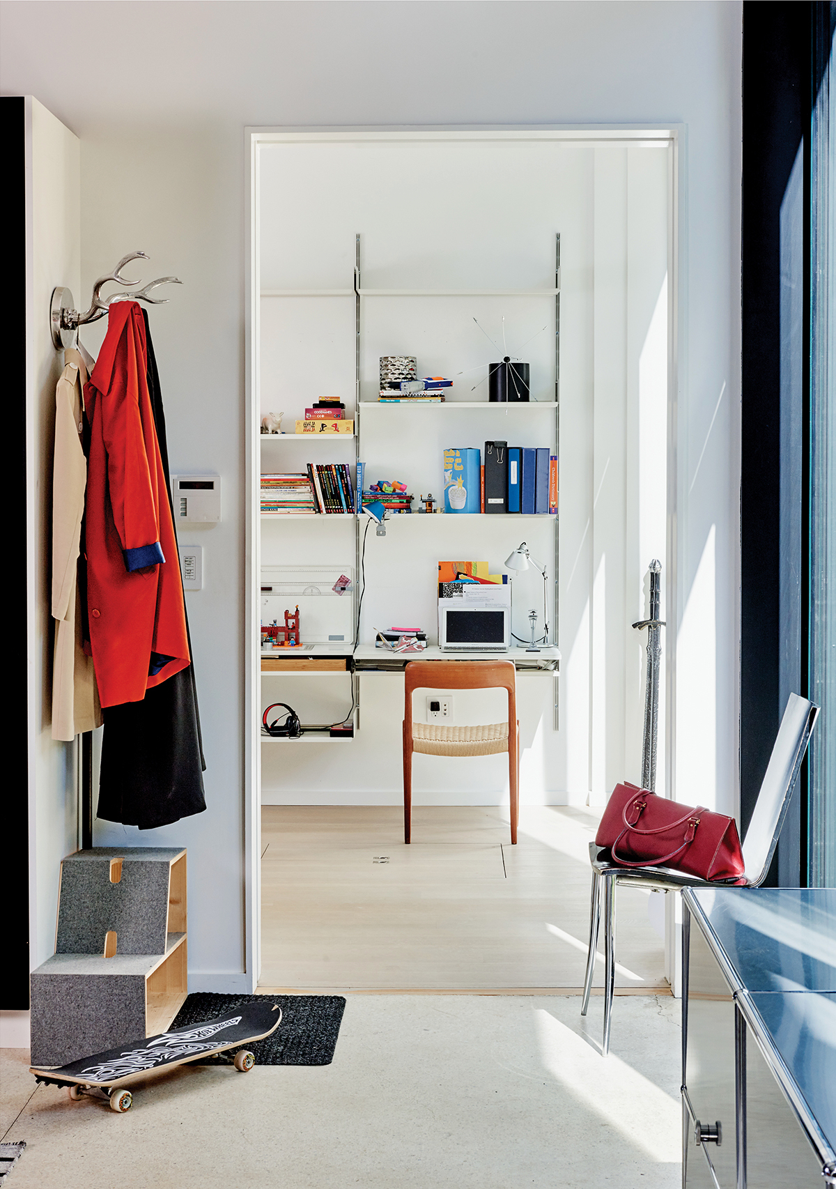 cambridge-midcentury-modern-home-renovation-5 2.jpg