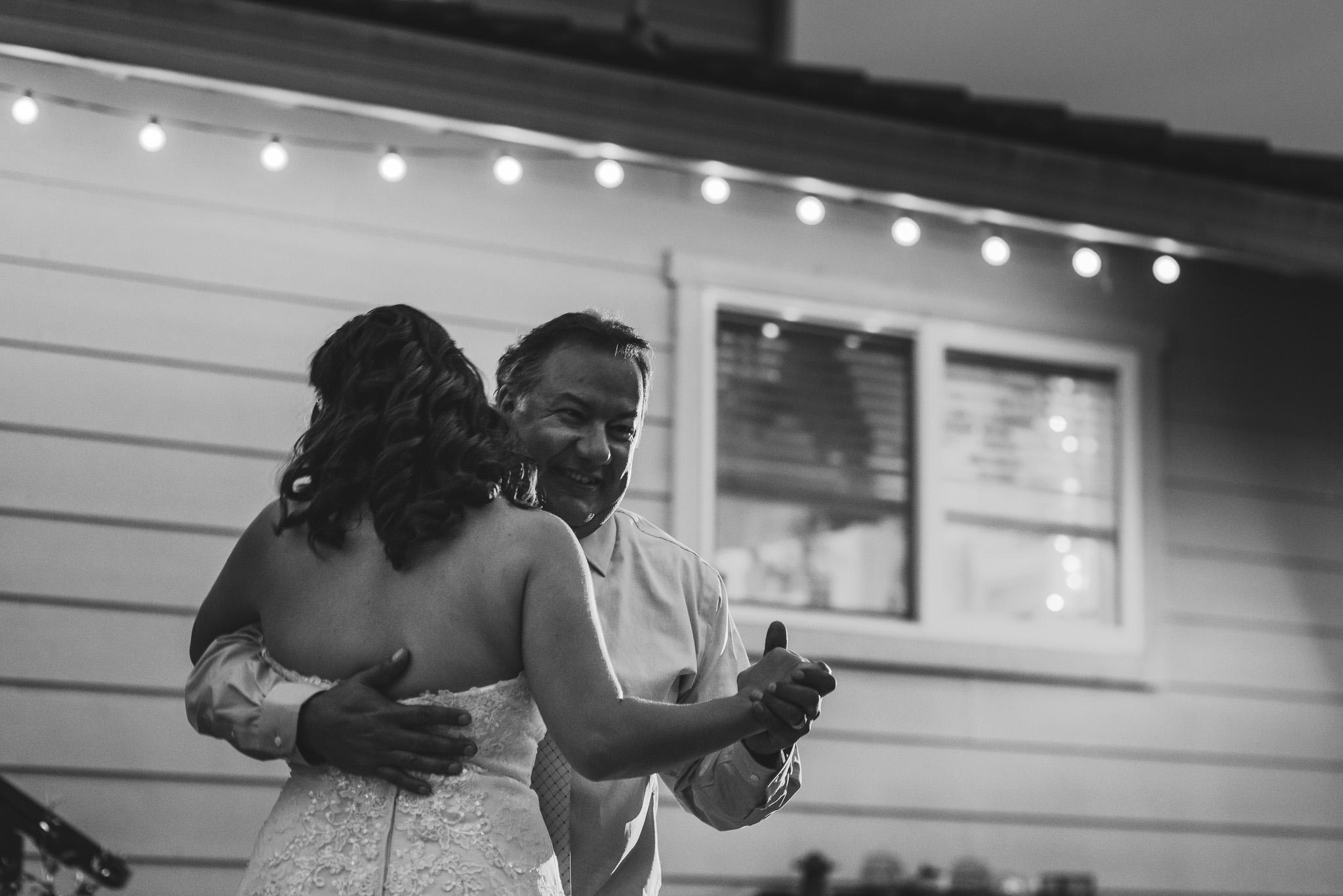 Sonoma_Backyard_Wedding-Chuck_Caroline-059.jpg