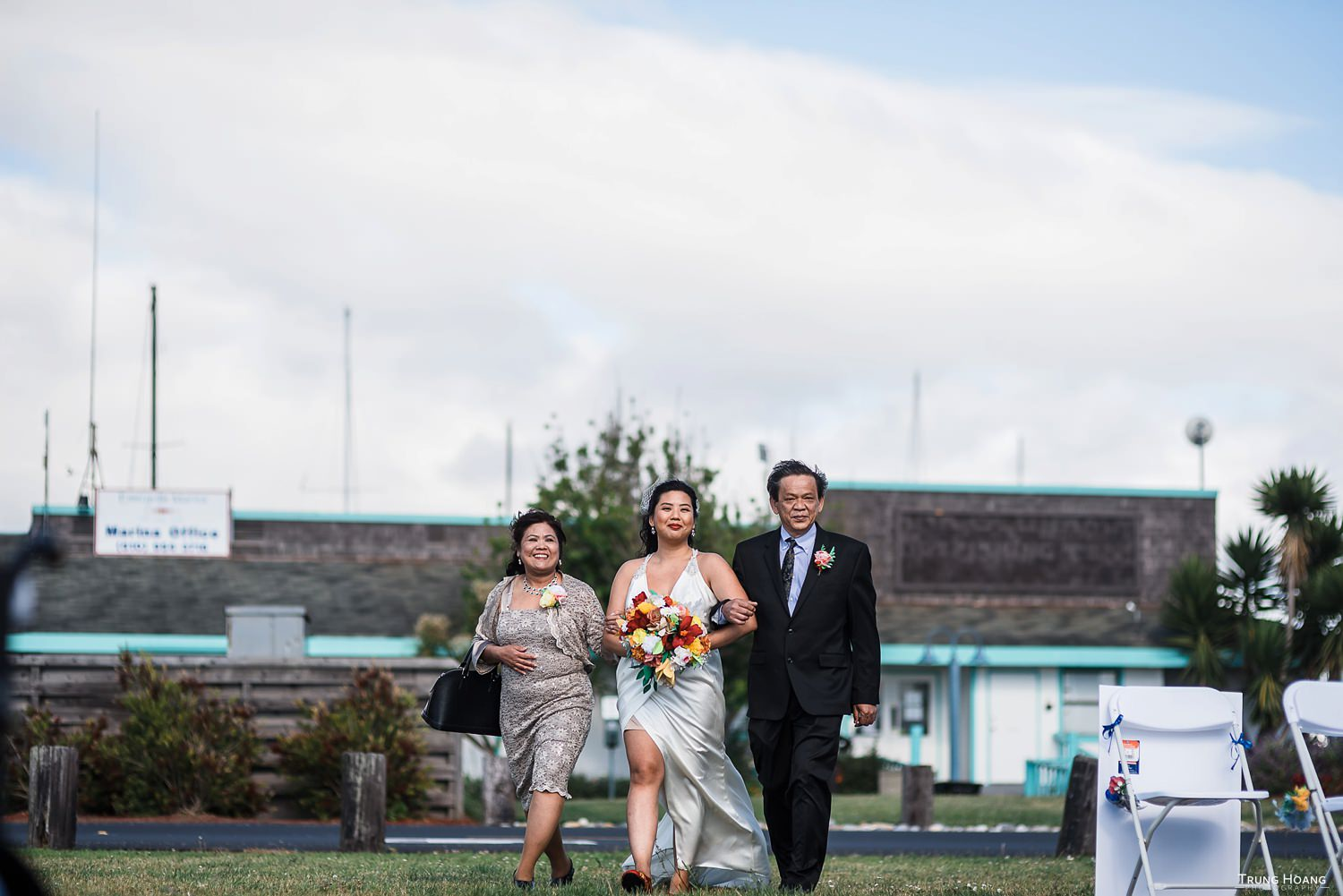 Wedding processional photo Emeryville Wedding Photographer