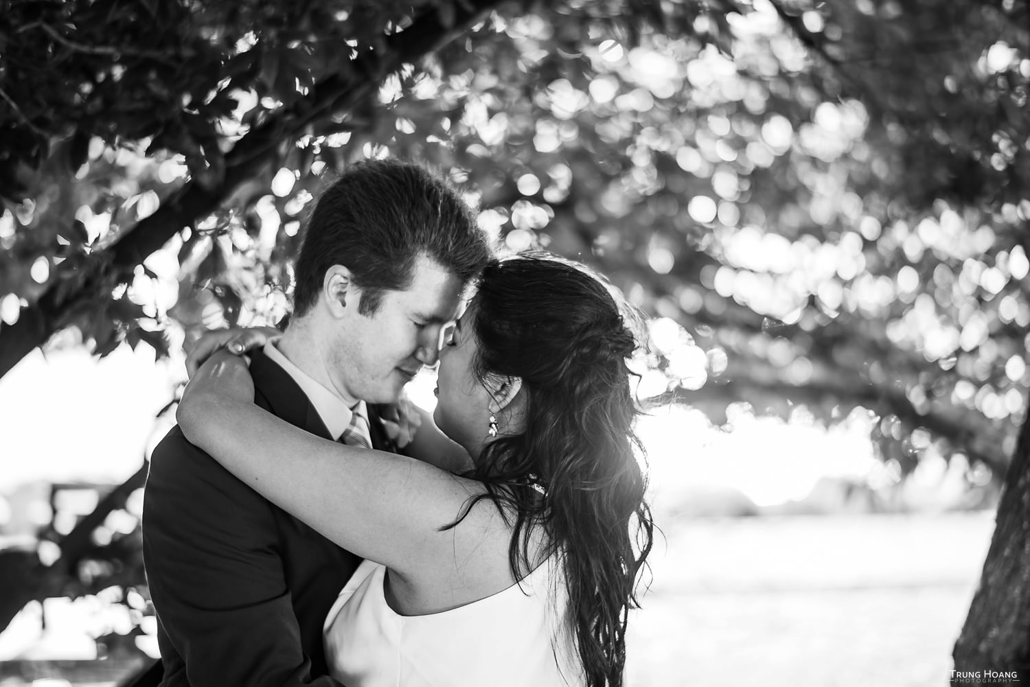 Romantic natural light couples photo