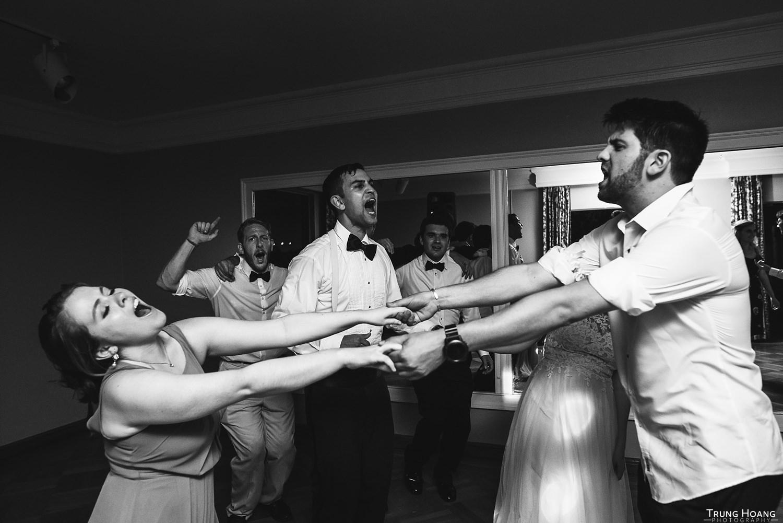 Wedding photojournalism layering