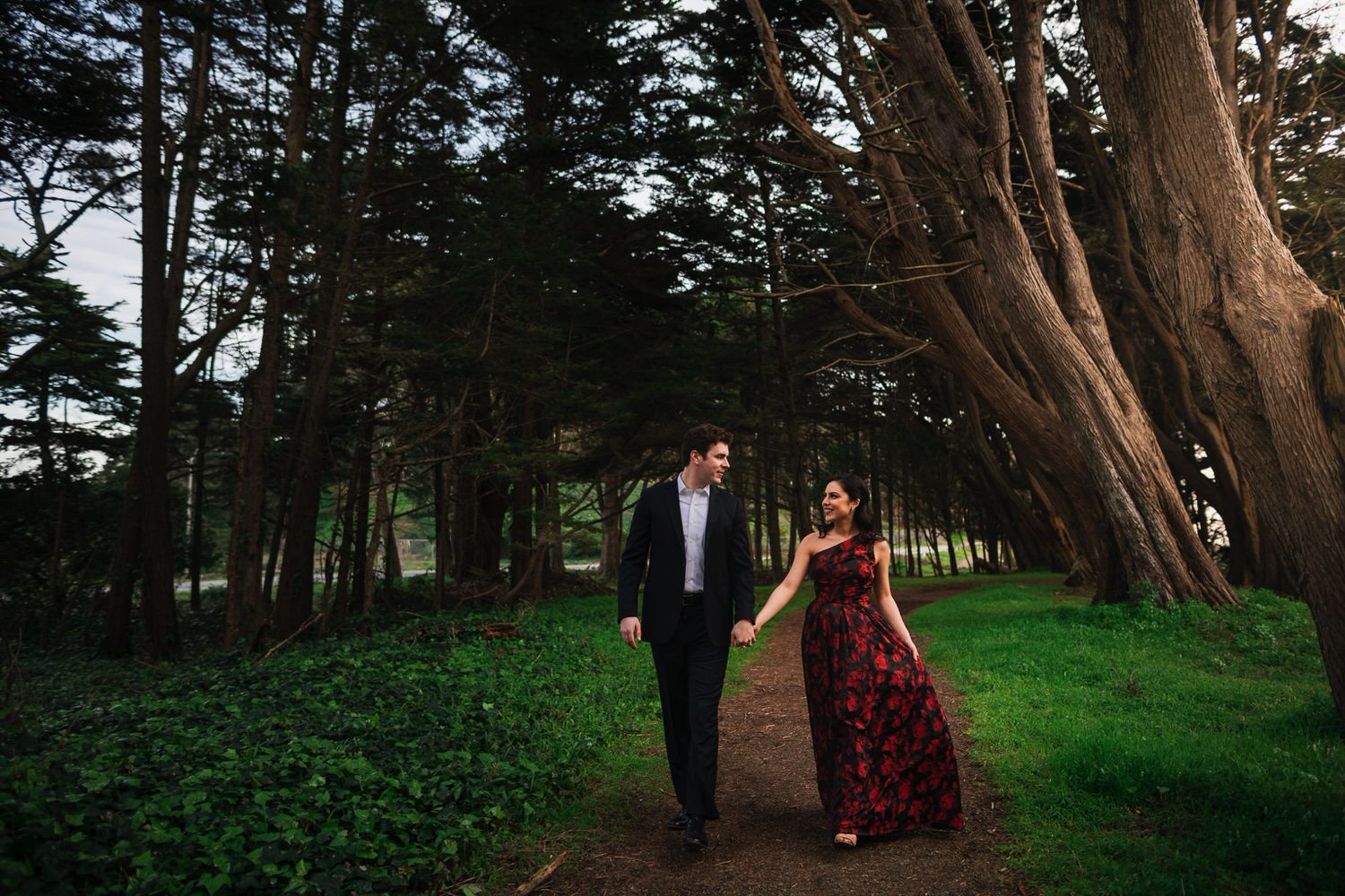Woodsy San Francisco Engagement Photos