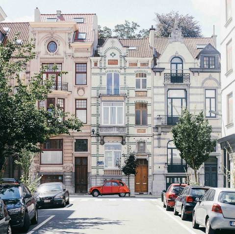 """""""Beautiful day. Beautiful architecture of Brussels. Beautiful car.   Totally recommend strolling the streets of Ixelles and Saint Giles. Brussels isn't all about the centre. Definitely take a tour also of Victor Horta's house if you can. Incredible. Sadly no photos are allowed. Buggar.""""   #visitbrussels"""