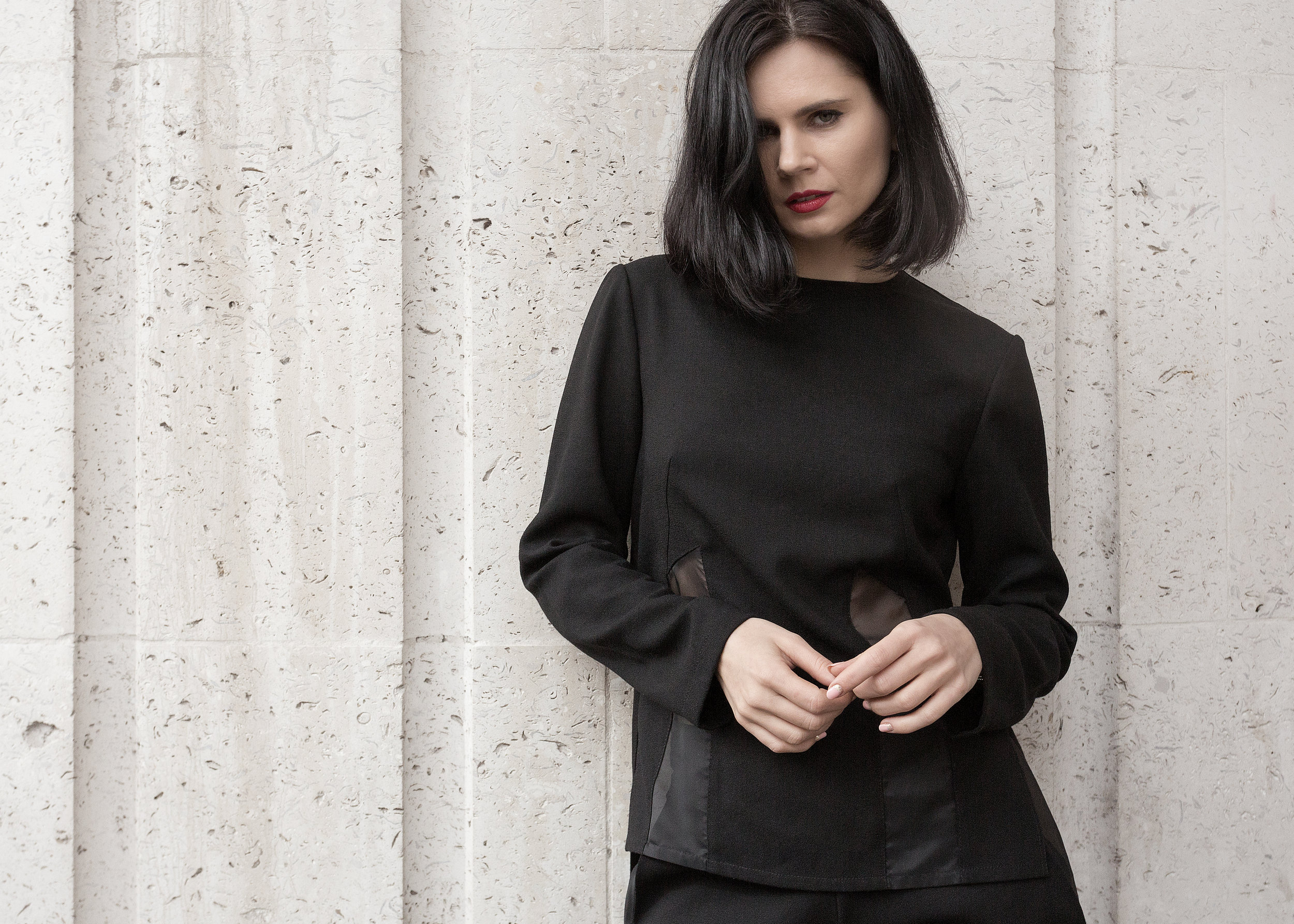 Yuliya Oleksenko wearing The 7962
