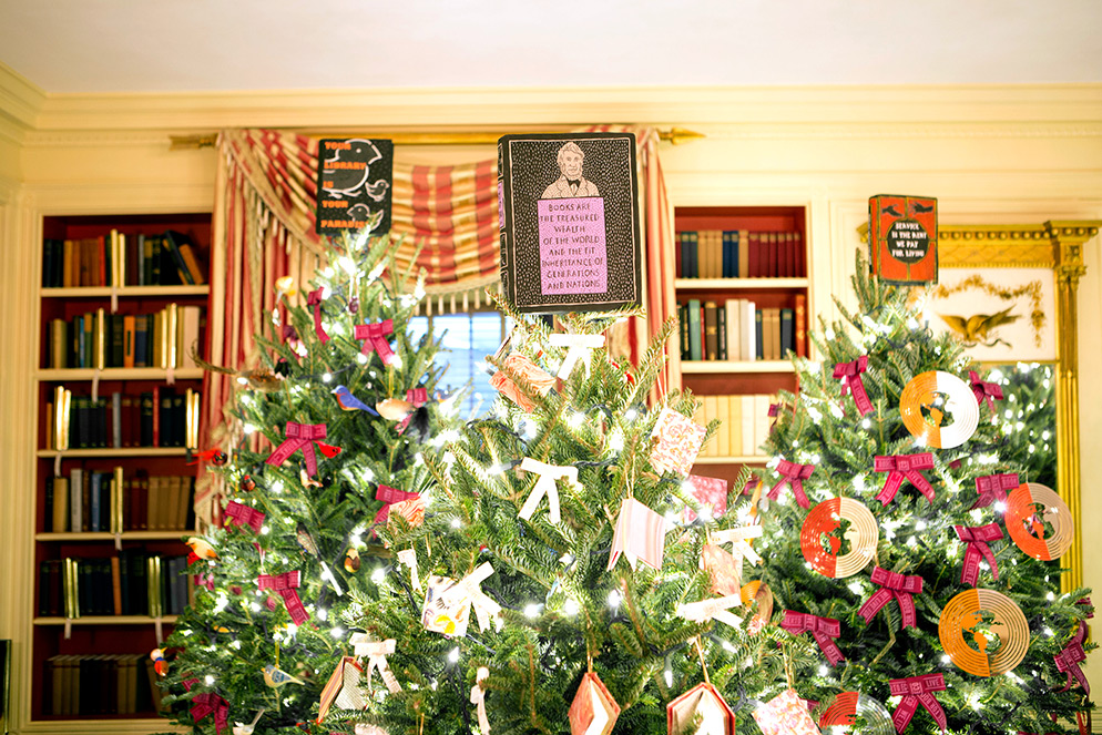 Sculpted tree toppers for the White House Christmas trees 2015