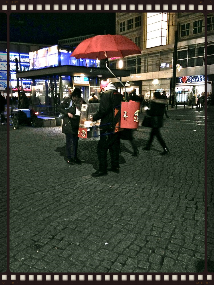 """Hot Dog"" Berlin - Paint-in-Portugal.com, Cascais in ITB 2015 Berlin"