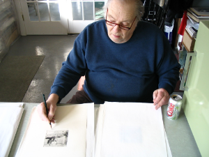 Jack signing the edition, April 27, 2005, at 74 years of age.