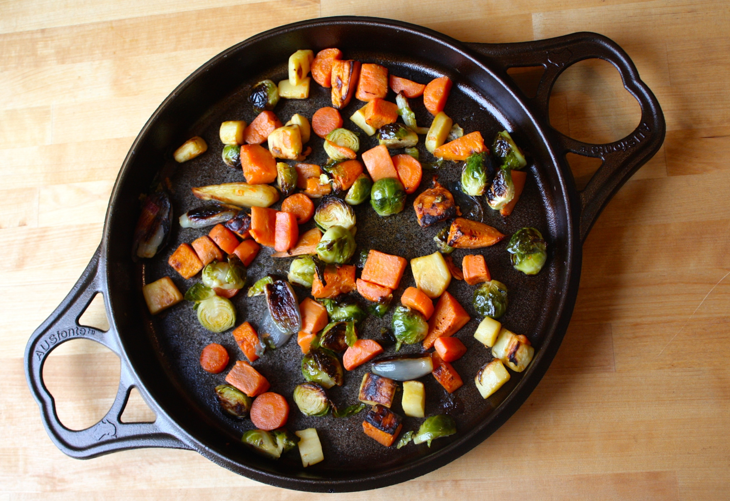 Solidteknics BIGskillet roast vegetables 2-2-15.JPG