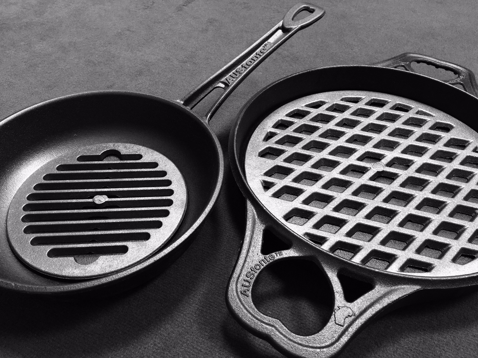AUSfonte Pan Grill-it cast iron grilling insert 27-2-15c 1024x768.jpg