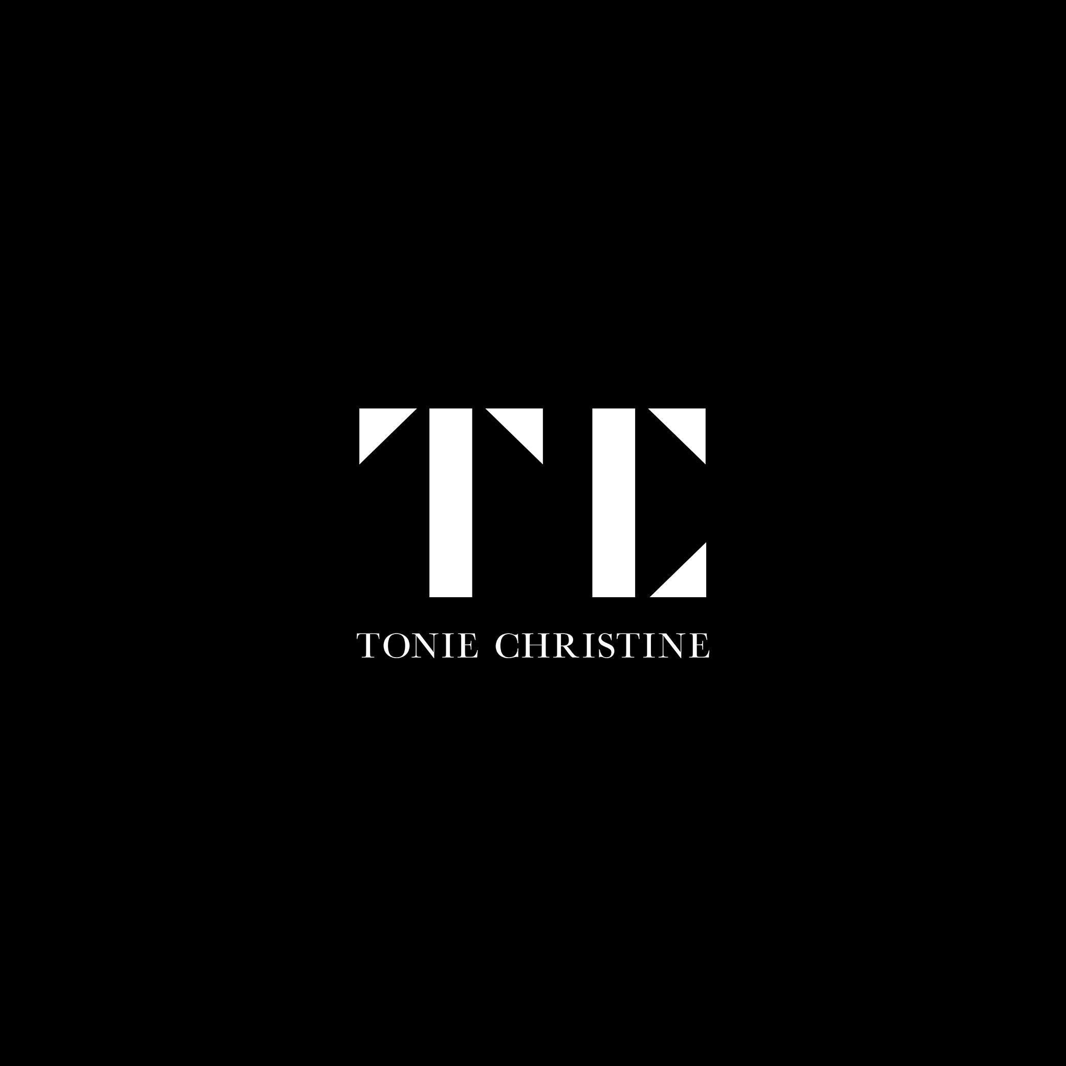 TonieChristine_logo_mockup.jpg
