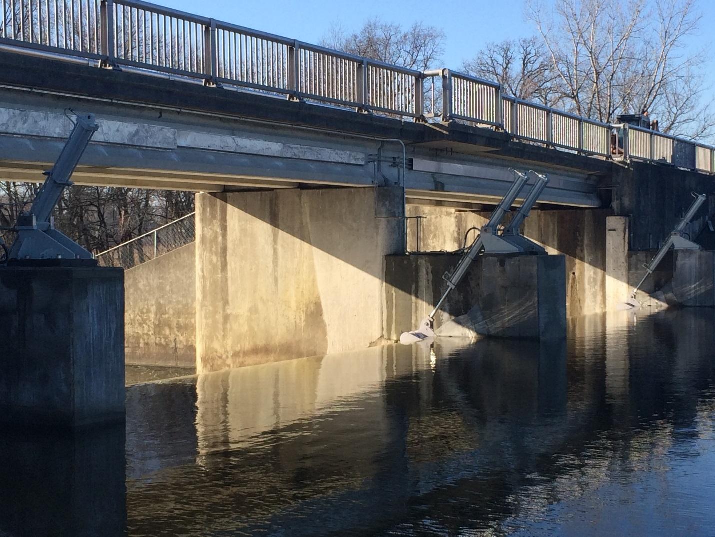 Dam Gates — Upstream