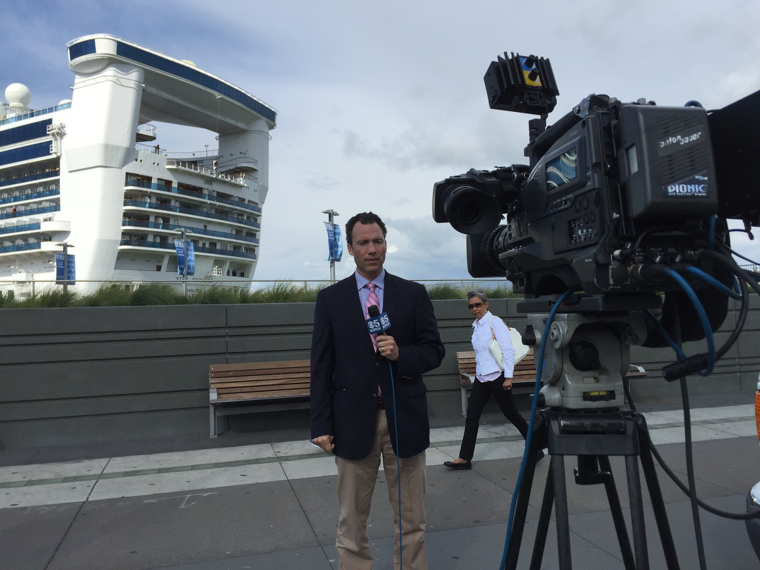 5pm live shot with the cruise ship in the background.