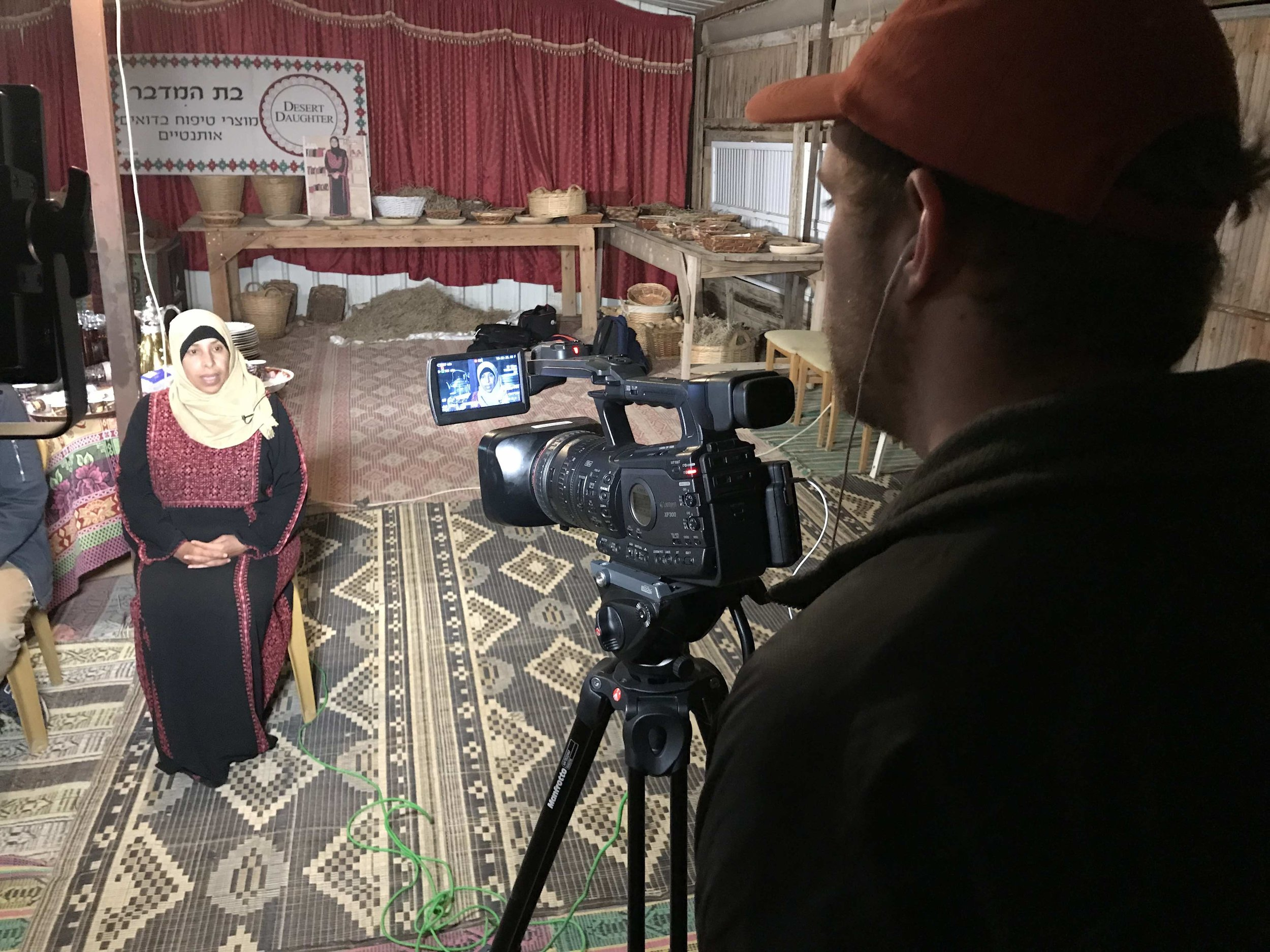 Newhouse broadcast student Nathan Dickinson interviews Bedouin woman Sohayla Abo Rkeek in Tel Sheva, Negev Desert, Israel.