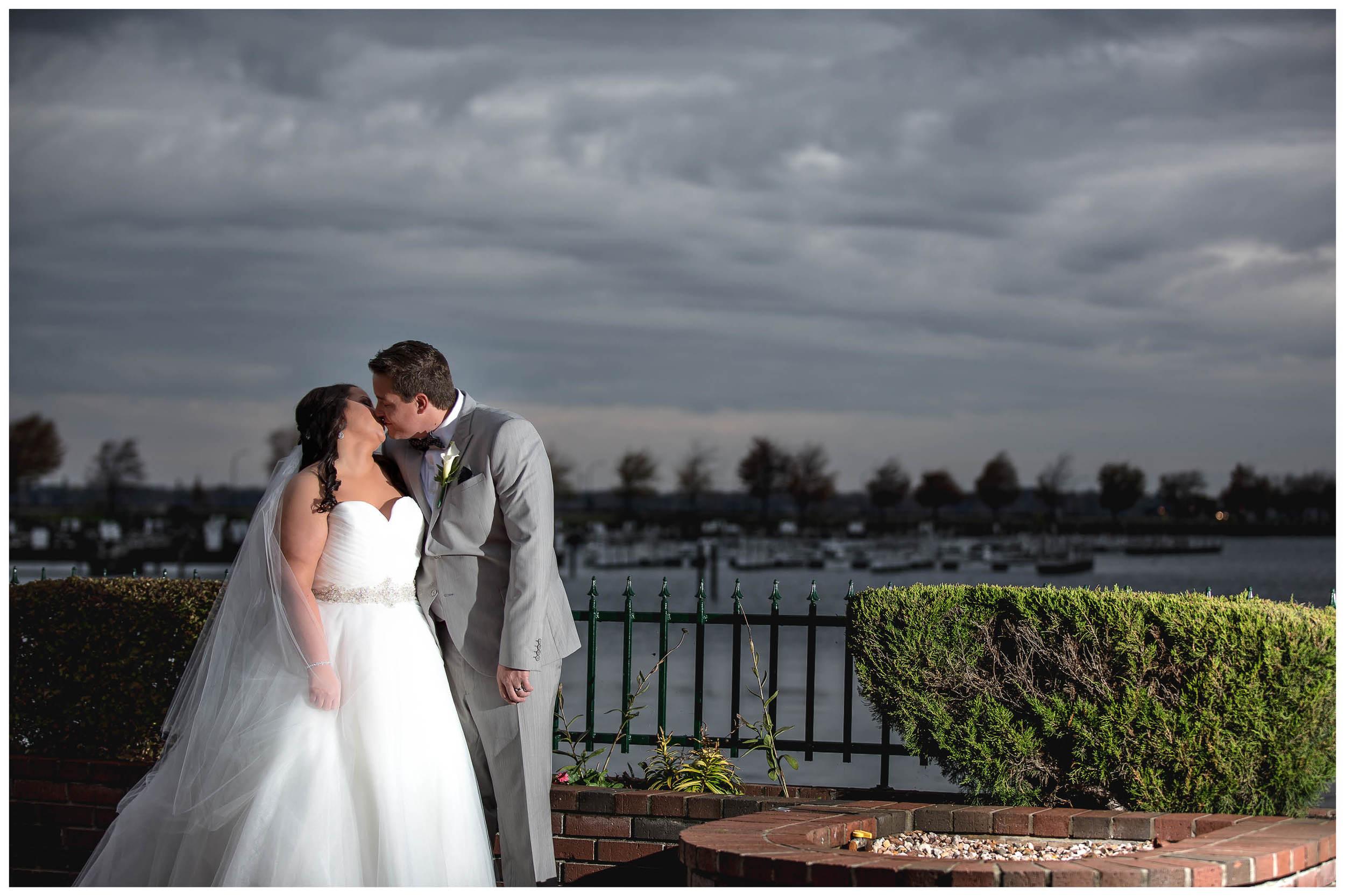 bride and groom12.jpg