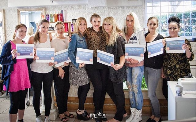 This photo of my first international training course came up in my memories! My very first training  course in Sweden 🇸🇪 and would you look at those OG Wink certificates?! - I always knew I wanted to bring something more than just being a lash artist to this industry, (although I'll never give up my love for being in the salon and catching up with clients). I have seen this industry work it's way from the ground up and starting of as a lash artist myself when there was no established education and having to dive in blind- It became my passion to help others get on their feet and not have to face some of the hurdles I had to jump to get to a point of success. - What a whirlwind it's been! Connecting with students across the world and helping them succeed in a business I love SO much! 10 countries later and teaching across the nation- I'll be sharing all about how I started this side business of training and products in the upcoming @theglowsocial with a few other amazing panelists! Stay tuned for details!