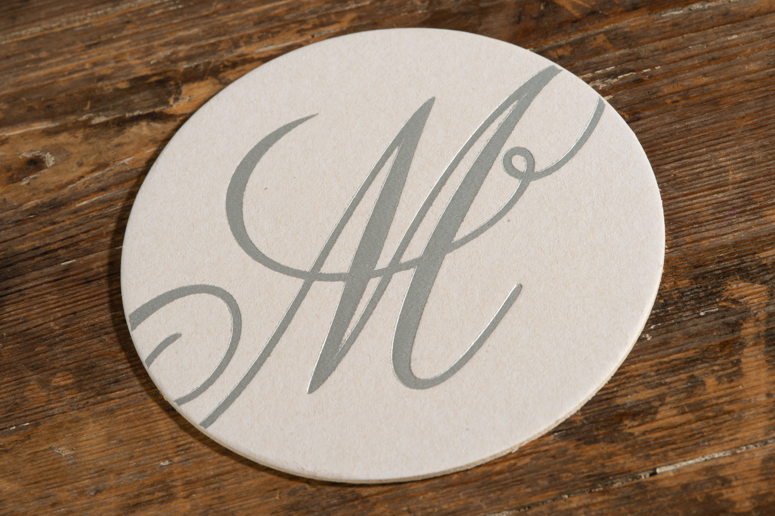 Coasters in paper or pulpboard