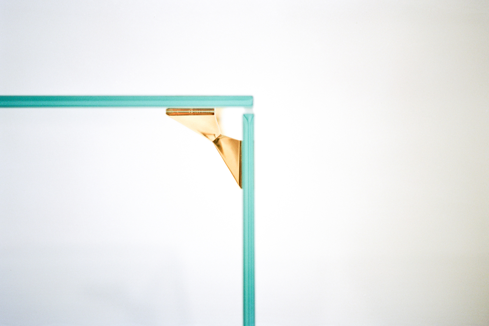 durodeco_Bow Tie Table (4).jpg