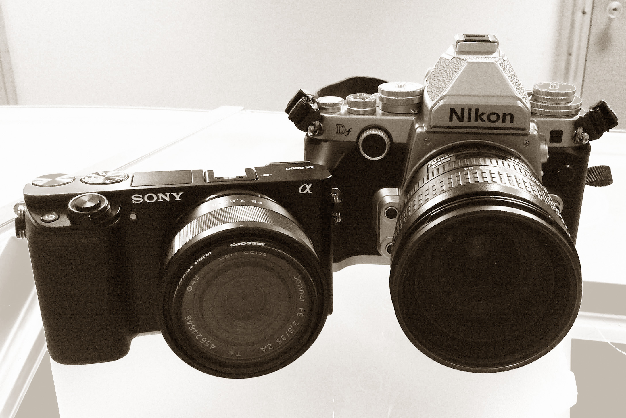 Sony a6000,  Sony FE 35mm f2.8 ZA Carl Zeiss Sonnar T* Lens, Nikon Df DSLR