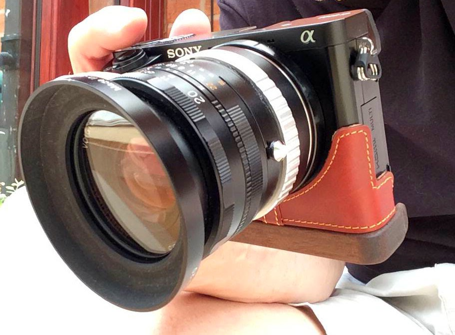 Sony a6000, Voigtländer 20mm f/3.5SL-II AsphericalAI-P (Nikon F-Mount), Kipon Nikon F > e-mount adapter, Prostraps leather half-case (from China via Amazon) and JB Camera Design Wooden Base grip.