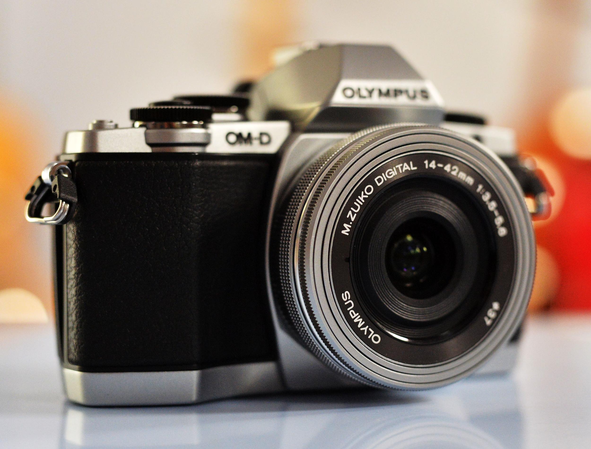 Olympus OM-D E-M10 M.ZUIKO 14-42mm
