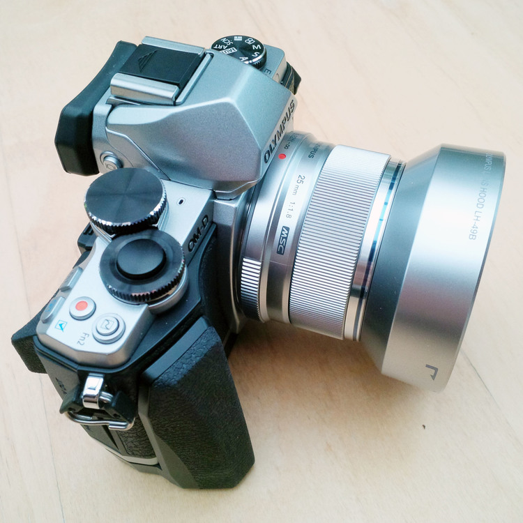 Olympus M Zuiko Digital 25mm F1 8 Lens — Soundimageplus