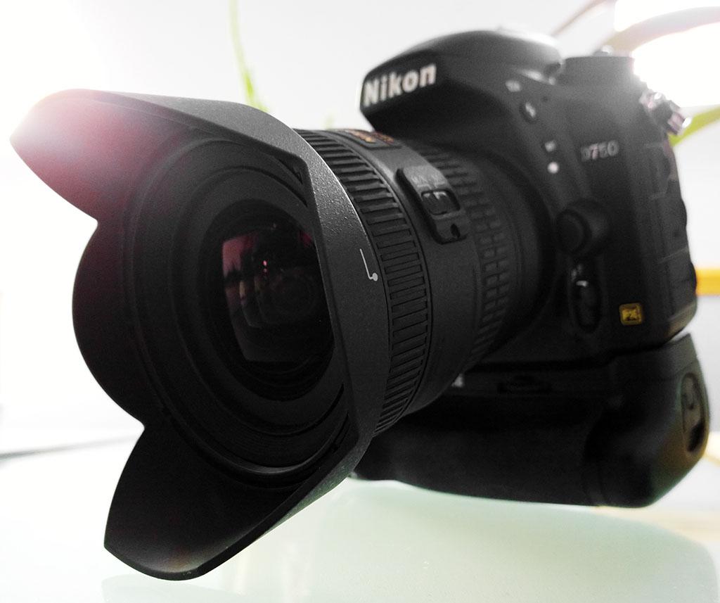 NIKON AF-S NIKKOR 18-35mm f/3.5-4.5 ED FX 'FULL-FRAME' WIDE-ANGLE ZOOM ON A NIKON D750 24MP 'FULL-FRAME'DSLR BODY