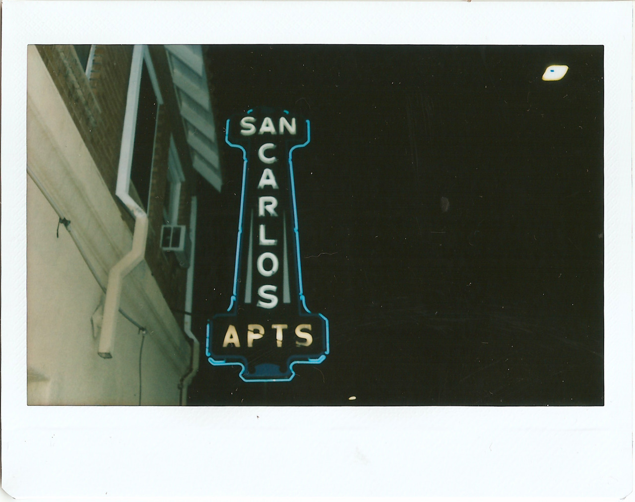 San Carlos Apartments' original neon sign from 1930