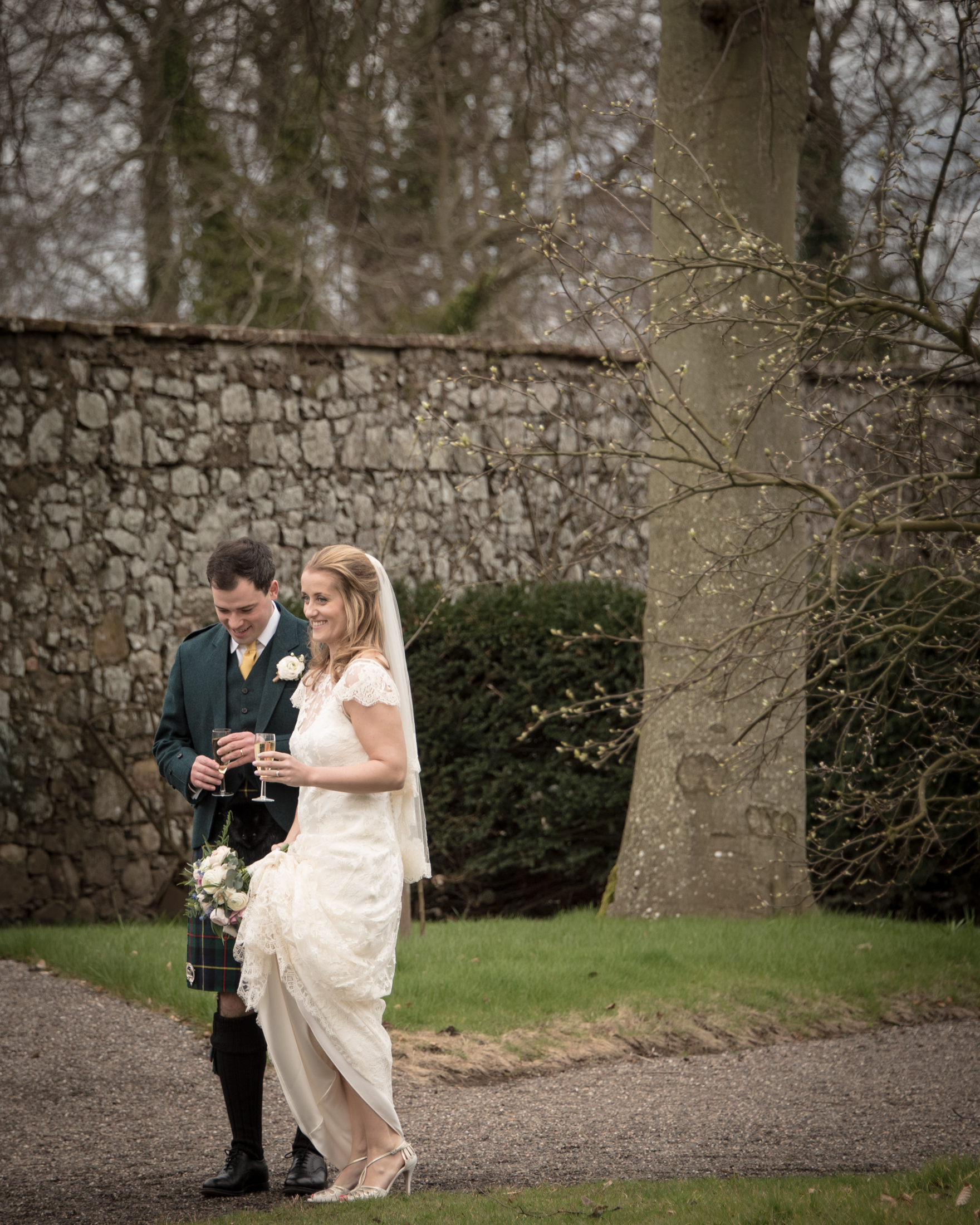 2016-04-02 SIONED AND NEIL FALKLAND MYRES CASTLE160551.jpg