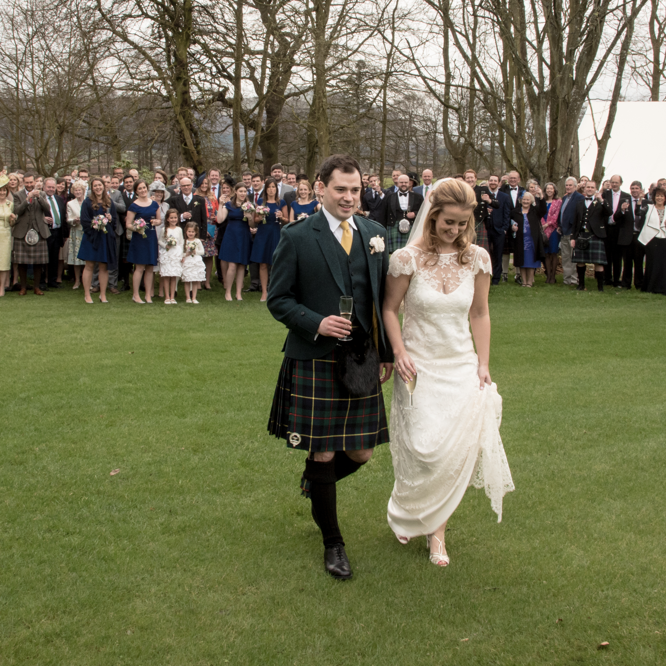 2016-04-02 SIONED AND NEIL FALKLAND MYRES CASTLE161712.jpg