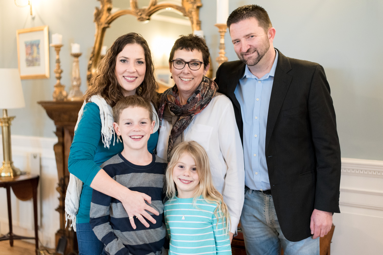 Family Photo Shoot In Dunfermline - family portrait 04