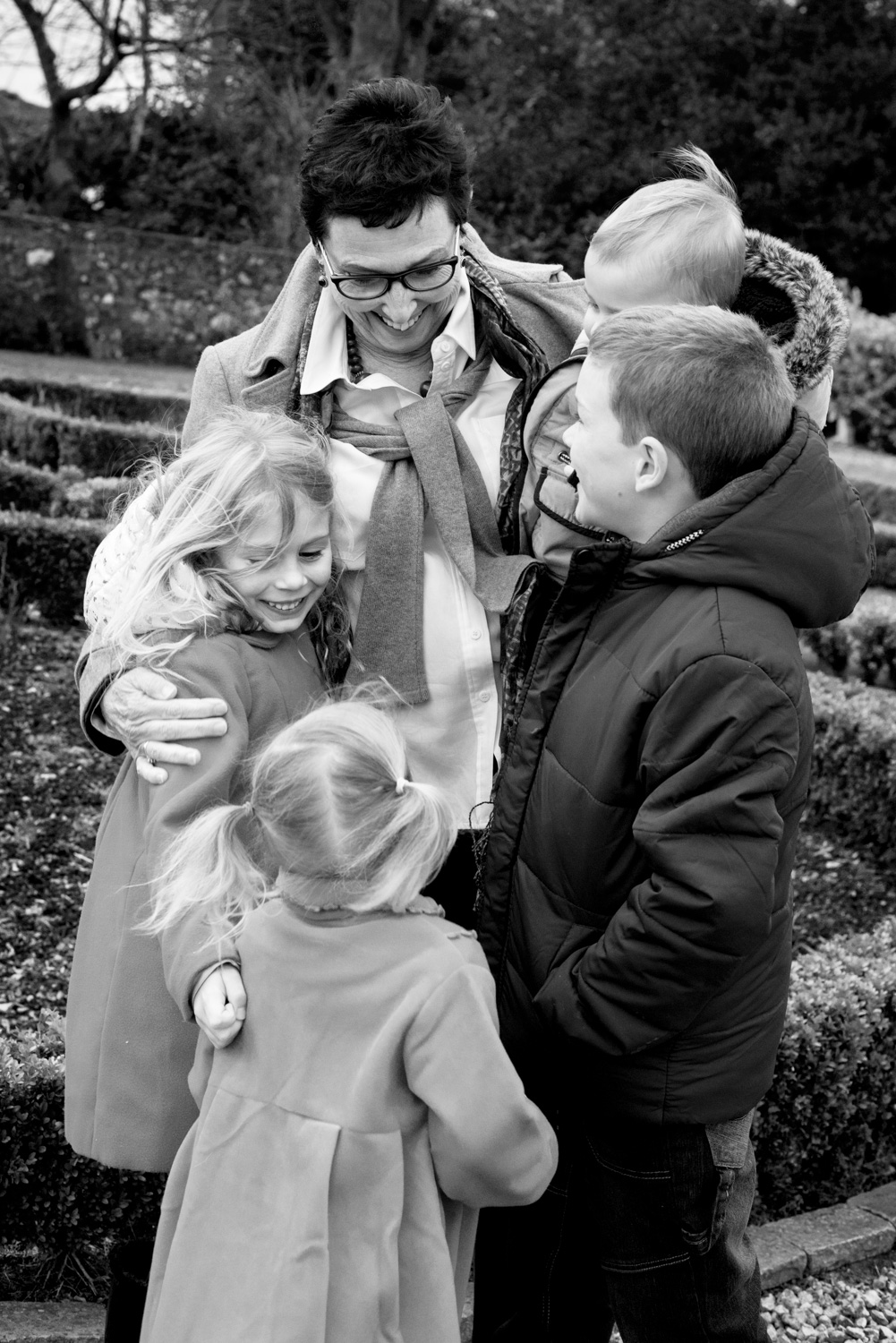 Family Photo Shoot In Dunfermline - granny and grandkids