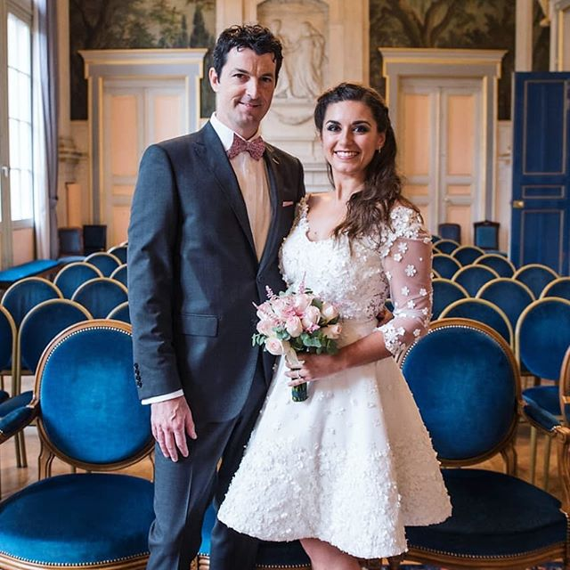 🎂These two are celebrating their second anniversary ! Let's congrat @alexandra_coti & @chispearsonx ! You are so inspiring ♥️ #happycouple #love #wedding #paris #couplesgoals