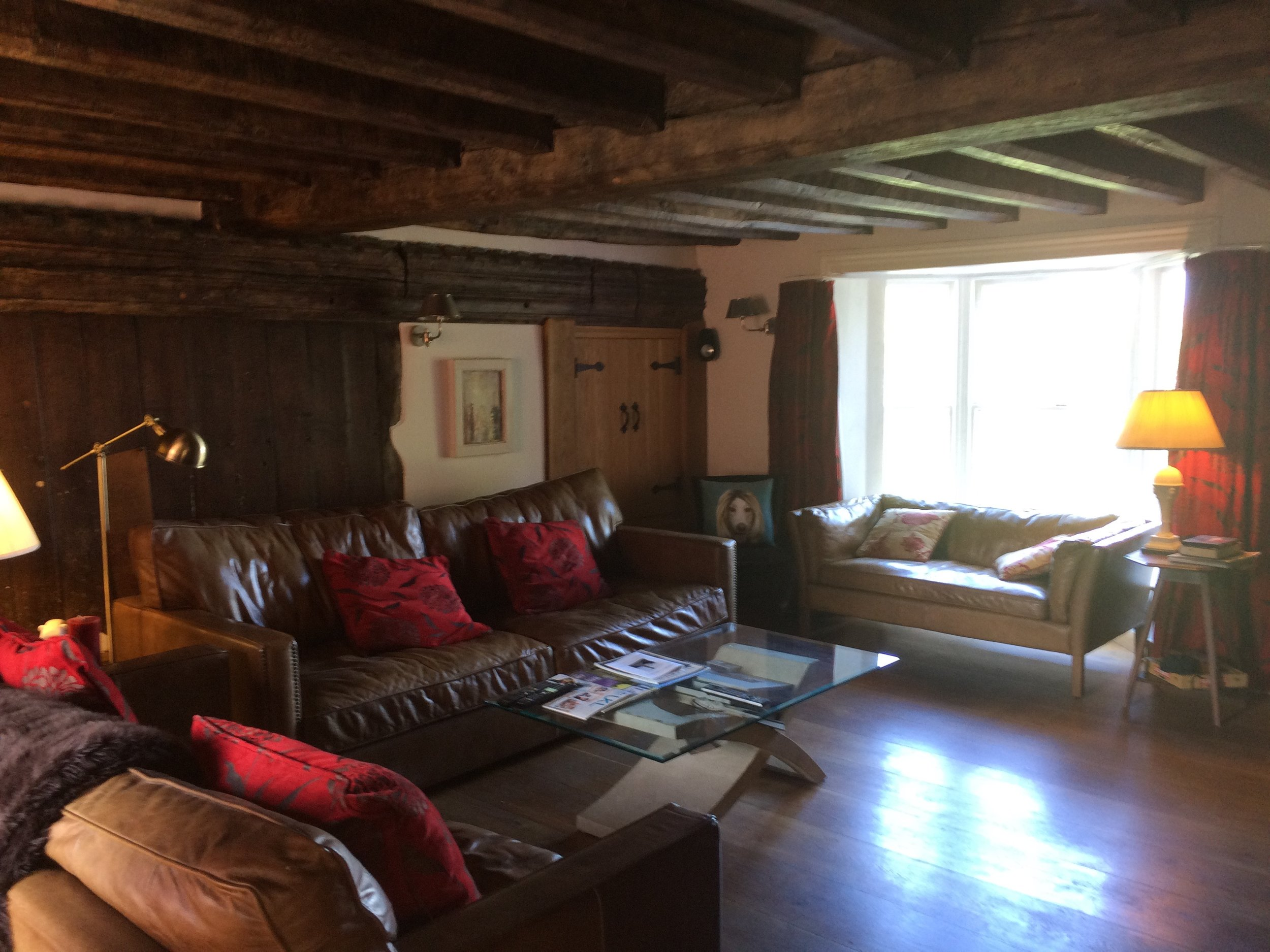 Living roomjpg.jpg