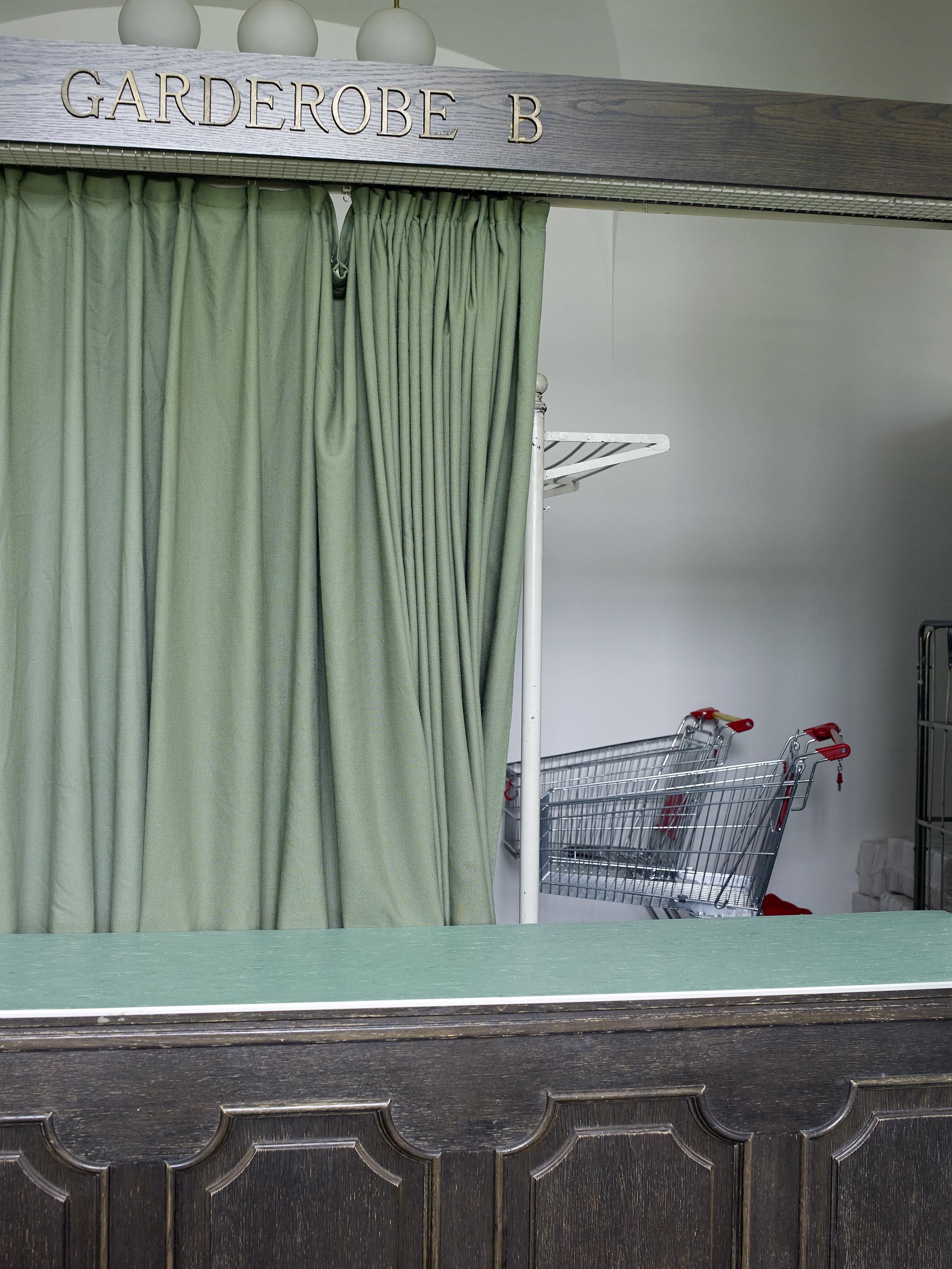 Foto: (c) Evelyn Rois // Schlosstheater Schönbrunn Garderobe;