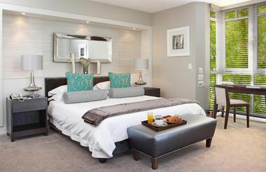 Fancourt_Luxury_room_overlooking_warm_up_area1.jpg