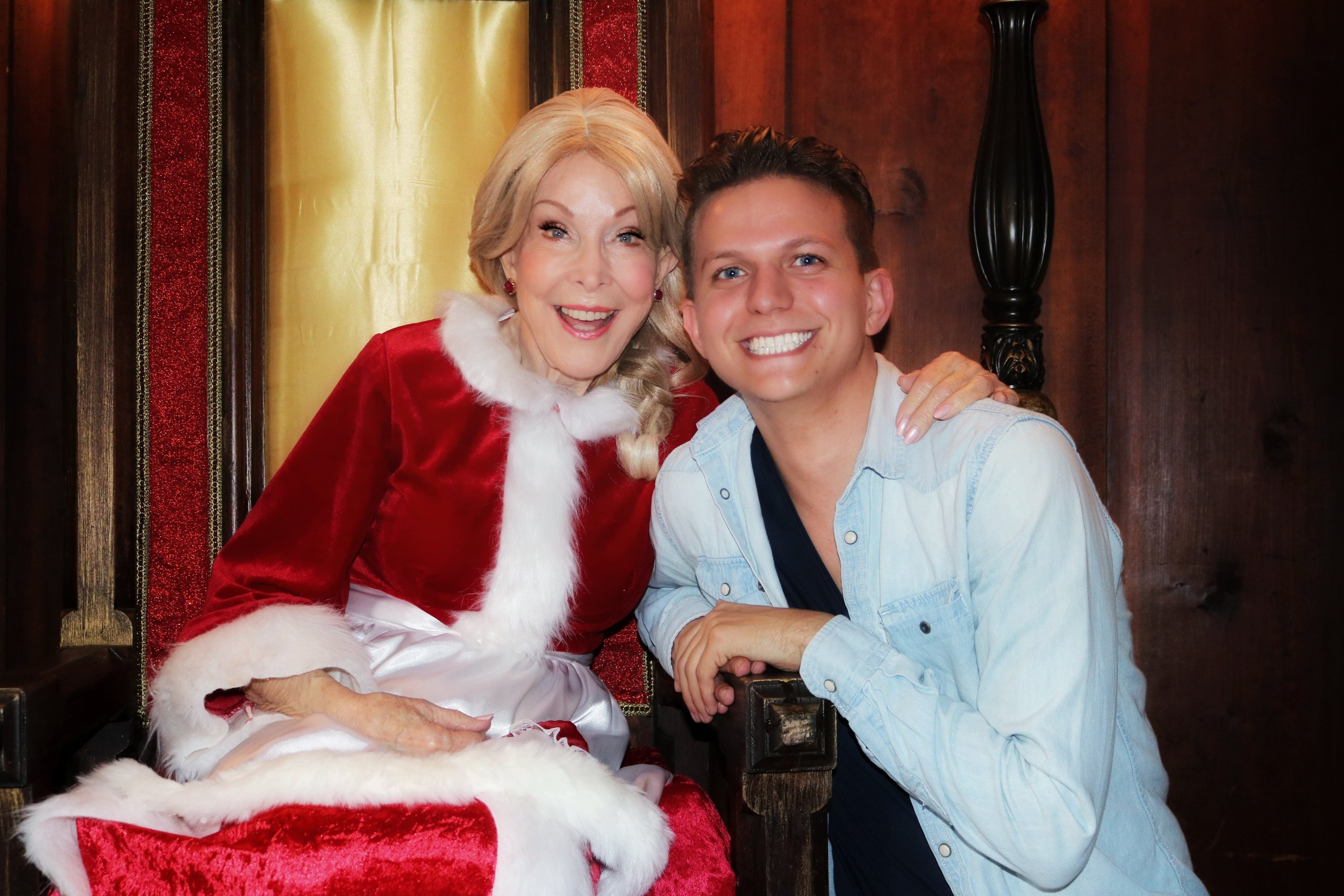 On set with  I Dream of Jeannies  Barbara Eden. Photo courtesy of M.J. Cheshire