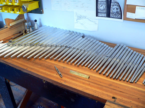 Swell Harmonic Piccolo 2' being prepped for voicing