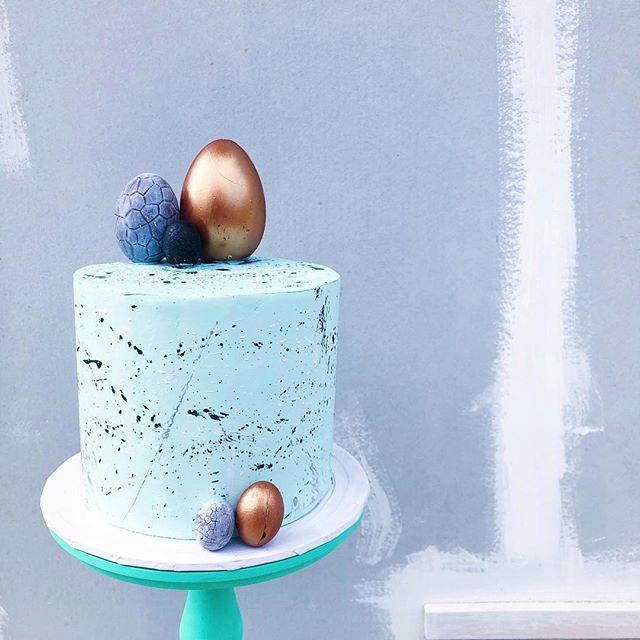 hoppy easter #vanillacoconut #cake #easter #mrtimothyjames