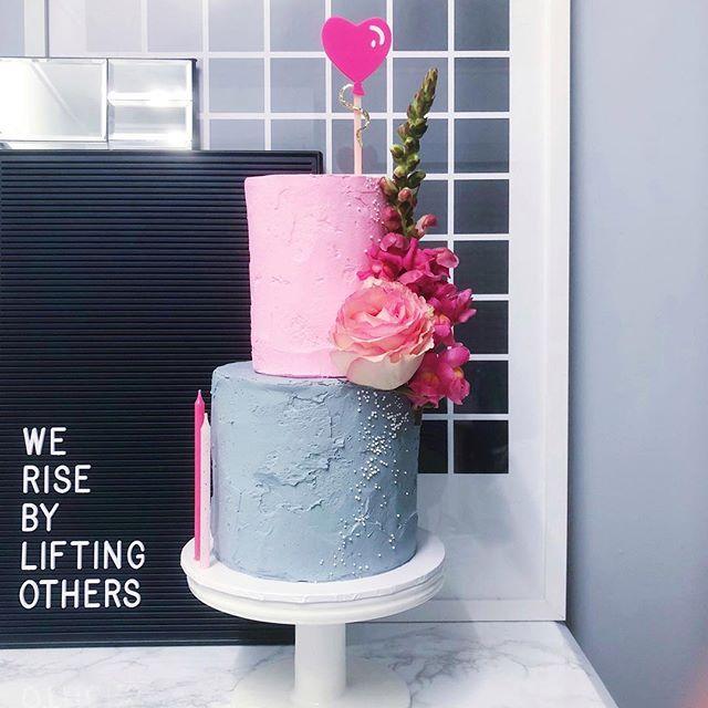 happy birthday to you... #vegancake #vanilla #strawberry #veganswissmeringuebuttercream #mrtimothyjames