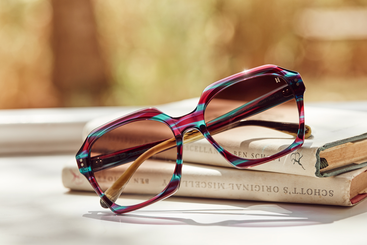 ladies sunglasses in summer kirsty owen still life photography