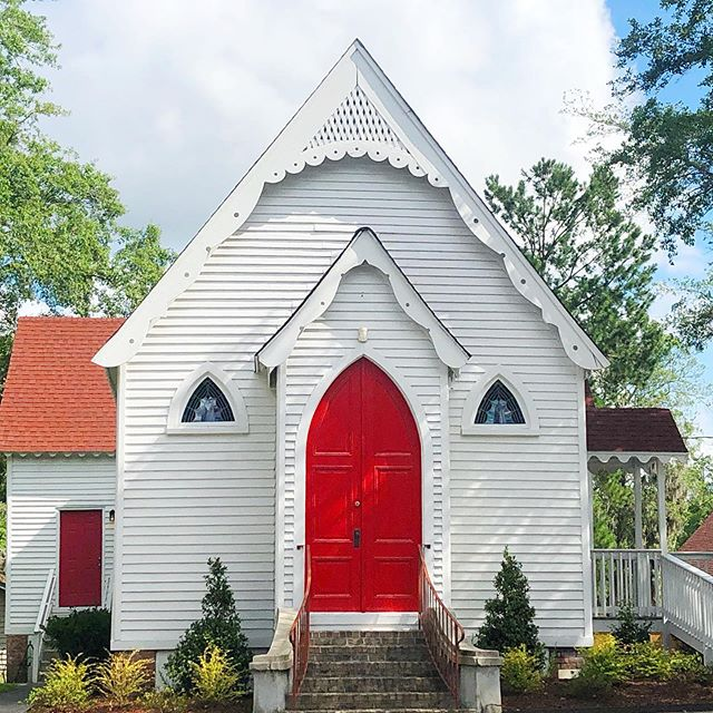 Yesterday, I found myself on a shoot in the heart of precious little Summerville, SC for a new client. As I left the area, I detoured around the blocks, weaving my way through it's picture perfect streets and adorable neighborhoods, stumbling across rocking chair porches and red door churches like this little precious chapel. . I often dream of what it would be like to pick up and move to a new place And make a fresh start. I fill my mind with little gems of how much better life would be if I could just start fresh sometimes. . But then I remember that, despite whatever my heart is trying to escape, I wouldn't change what I have for much. What I have is knowledge, experience, and years of a story that becomes more interesting by the day...truly the stuff movies are made of. . All I'm waiting for now is my redemption scene.