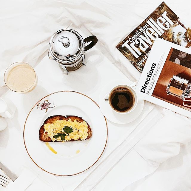 Wouldn't mind waking up like this every morning 🍳 • • • • • • • #hamyardhotel #firmdalehotels #amextravel #client #presstrip #breakfast #brekkie #london #prettycitylondon #travels #wanderlust #thehappynow #goodmorning #wakeupslow #flashesofdelight