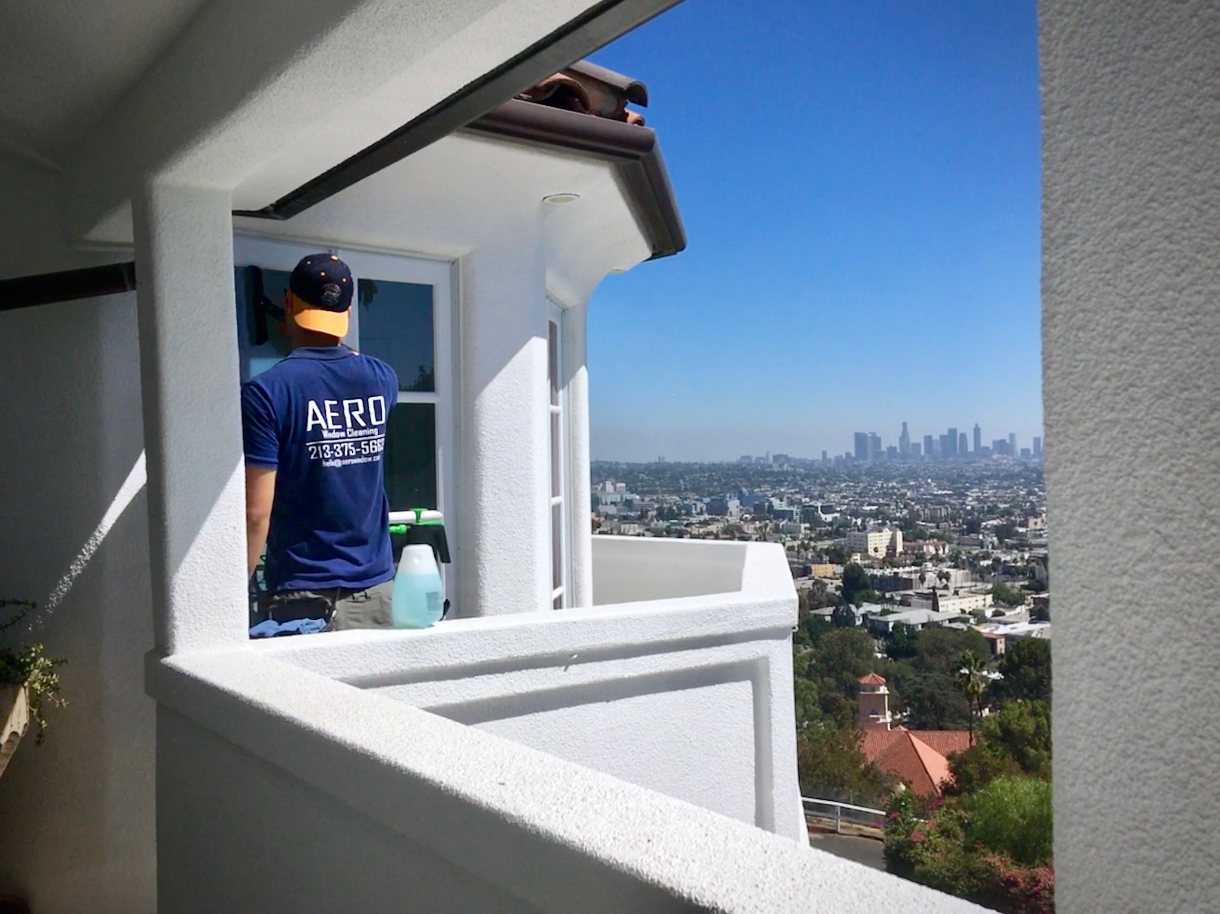 Residential Window Cleaning Service Los Feliz copy.jpg