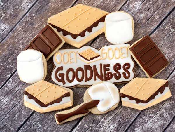 © National S'more Day Cookies.jpg
