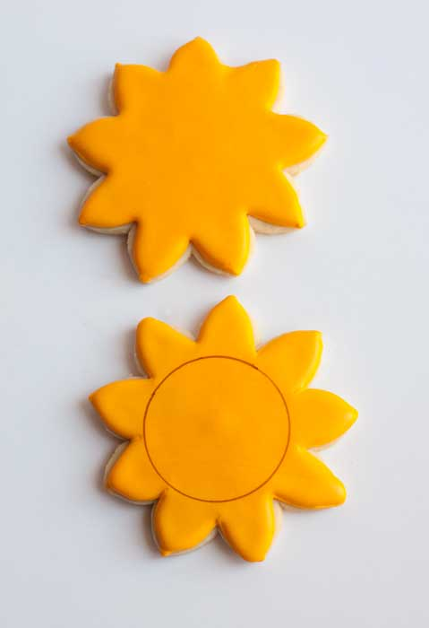 sunflower decorating.jpg