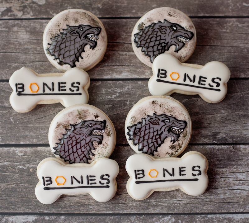 © Game of Thrones and Bones